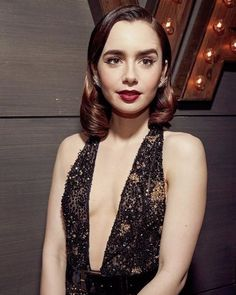 Phil Collins, Lily Collins Style, Graydon Carter, Liv Tyler, Vanity Fair Oscar Party, Star Girl, Chloe Grace, British Actresses, Beautiful Actresses