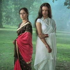 Jaya Bachchan and Rekha in 'Silsila' Bollywood Photos, Indian Bollywood, Bollywood Actors, Bollywood Fashion, Rekha Actress, Old Actress, Vintage Bollywood, Indian Actresses, Actors & Actresses