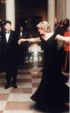 Iconic photo of Diana Princess of Wales dancing with John Travolta, she loved to dance