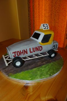 Stock Car birthday cake Cakes Pinterest Birthday cakes Cake