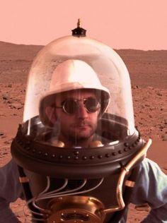 Moon explorer, please be my friend.