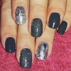 CND Shellac Asphalt and Ice Vapor with silver foiling and mylar