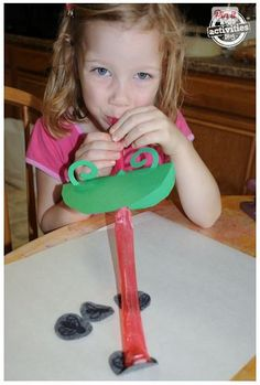 Sticky Tongue Frog Craftivity – Great for Oral-Motor! - Pinned by @PediaStaff – Please Visit ht.ly/63sNtfor all our pediatric therapy pins