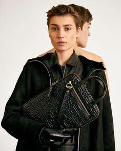 Fall Styles, Logos, Autumn Fashion, Leather Jacket, Jackets, Laptop Tote, Taschen, Kids, Studded Leather Jacket