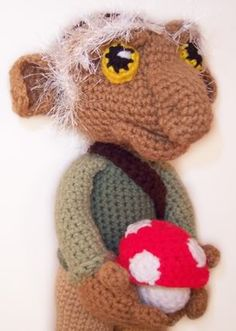 Hoggle from the Labyrinth started this whole enthusiast sect of tortured goblin art collecting people. This crochet Larry David adventurer looks so tragic I feel guilty and I dont even know him.