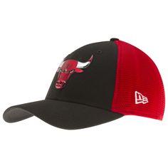a78b14ca430 Chicago Bulls Red and Black Liquid Chrome Logo Flex Fit Hat