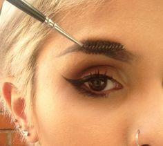 como tener cejas perfectas marcar