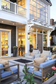 Beach-Style-Home-Brandon-Architects-02-1-Kindesign.jpg 962×1.446 pixels
