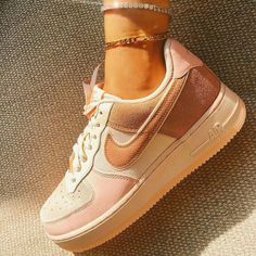 Sneakers Fashion, Fashion Shoes, Nike Fashion, Fashion Outfits, Tennis Fashion, Nike Shoes Air Force, Nike Air Force Brown, Nike Jordan Shoes, Aesthetic Shoes