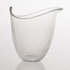 TAPIO WIRKKALA - Glass bowl model 3512 for Iittala, Finland. [h. 12 cm] Glass Design, Design Art, Egg Holder, Glass Art, Ceramics, Artist, Model, Crafts, Beautiful