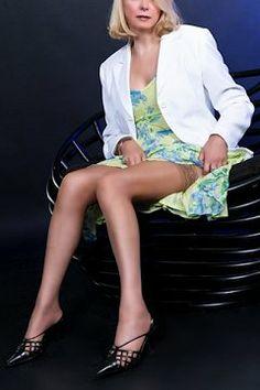 Heathrow escorts Grace - classy mature English blonde http://classygrace.hornydesigns.com