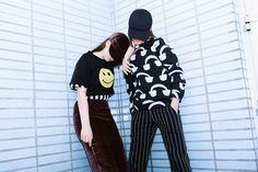Детская одежда бренда Caroline Bosmans выпускается с 2013 года в Бельгии.Коллекция одежды от Caroline Bosmans включает в себя творческие, яркие, принтованные модели, на которых можно увидеть забавных стилизованных зверушек, цветочные и кружевные орнаменты и геометрические узоры. Для мальчиков и де