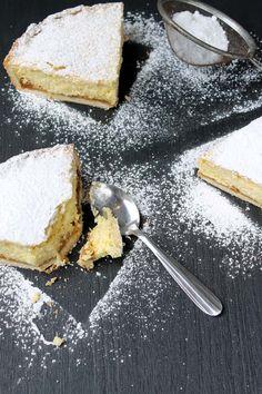 La clásica y deliciosa Tarta de Ricota, esta versión con relleno del argentino Dulce de Leche. Mi versión imperdible!!! Pastry And Bakery, Queso, Cheesecake, Deserts, Food Porn, Sweets, Eat, Cooking, Recipes