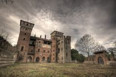 Abandoned Manor House 2 by Nikontento