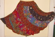 swirly skirt of AWESOME! There are multiple 'patterns' to make different lengths. Great for long scrape fabric pieces!