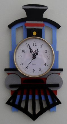 Train Clock by StansWoodCrafts on Etsy Diy Crafts Slime, Slime Craft, Diy Home Crafts, Creative Crafts, Wood Crafts, Clock Craft, Diy Clock, Thermocol Craft, House Arch Design