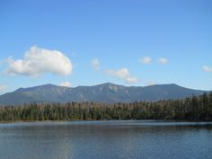 Lonesome Lake | Fall Hike in the White Mountains  Photo Credit: Zinnia Smith