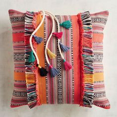 Fringe pillows are back, baby. Here, 23 fringe-covered, fringe-edged and fringe-adorned pillows you can (and should) buy immediately. Pillow Room, Throw Pillows Bed, Diy Pillows, Decorative Throw Pillows, Couch Cushion Covers, Diy Cushion, Felt Flower Pillow, Boho Cushions, Best Pillow