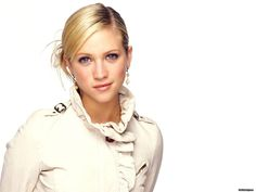 brittany snow Wallpaper HD Wallpaper