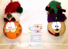 modèle: Garfield et Odie  Décoration de Noël réalisée à partir d'objets recyclés Pour commander: https://www.facebook.com/LesFantaisiesdeMamzelleSofy