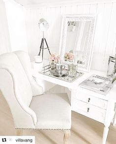 #Repost credit: @villavang  Vintage feels  --------------------------------------------------- #gorgeous #vintage #stunning #white #beautiful #vanity #vanitydesk #mirror #chair #flowers #silver #inspo #homeinspo #inspiration #decor #homedecor #home #love #lovethis #style #lovethisstyle #minimalistic #interior #interiordesign #homeinterior #design #interior4passion25