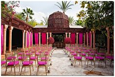 can this colorful Moroccan #wedding #ceremony feel anymore naturally vibrant?