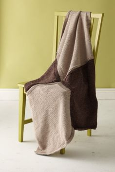 This simple knit throw, worked up in luxurious Alpaca Blend, is a perfect graduation gift for the young man in your life when knit in neutral shades, or can add a bit of bold color when worked in brights.