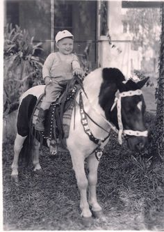 Vintage photo of pony and happy little guy. Vintage photo of pony and happy little guy. Vintage Children Photos, Vintage Pictures, Vintage Kids, Vintage Stuff, Cute Little Baby, My Little Pony, Pony Rides, Precious Children, Animals Images