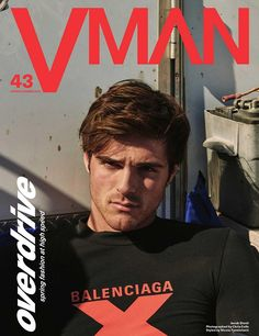 Australian actor Jacob Elordi lands three covers for VMan's Spring/Summer 2020 issue. Lensed by photographer Chris Colls, he wears a Balenciaga top on the first Balenciaga Spring, Fashion Mag, Male Fashion, Fashion Trends, Cover Boy, Australian Actors, Hot Actors, Cute Love, Aesthetic Pictures
