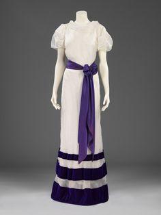 Dress    Elsa Schiaparelli, 1936    The Victoria & Albert Museum