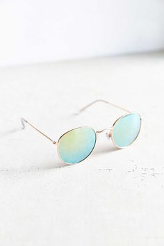 Dyllon Metal Round Sunglasses - Urban Outfitters