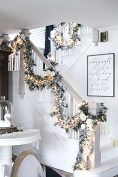 Cool Christmas Staircase Decoration That'll Make Your Home Look Like Winter Wonderland