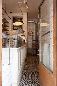 Fabrique Stenugnsbageri, bakery | Långholmsgatan 27 / Rosenlundsgatan 28 / Kungsgatan 25 / Odengatan 42 / Odengatan 77 / Nybrogatan 6 / Scheelegatan 6 / Götgatan 24 / Södermannagatan 23 | Stockholm