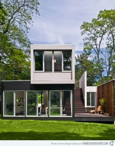 The Contemporary Noyack Creek Residence in Suffolk County, New York