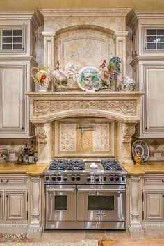 Mediterranean homes – Mediterranean Home Decor Kitchen Pantry Design, Luxury Kitchen Design, Home Decor Kitchen, Kitchen Furniture, Kitchen Ideas, Furniture Stores, Elegant Kitchens, Luxury Kitchens, Beautiful Kitchens