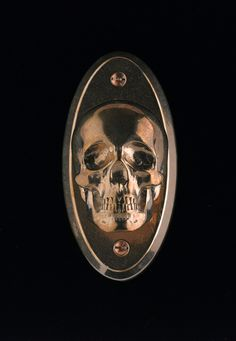 Life: Home Furnishings & Decor on Pinterest Skulls, Gothic and Bats