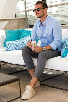 mens_fashion - 40 Easy and Sexy Outfit Ideas on Mens Capri Pants Mens Fashion Blog, Fashion Mode, Fashion Trends, Fashion Styles, Fashion Boots, Paris Fashion, Fashion Fashion, Runway Fashion, Fashion Shirts