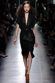Bottega Veneta Fall 2013 RTW - Review - Fashion Week - Runway, Fashion Shows and Collections - Vogue - Vogue