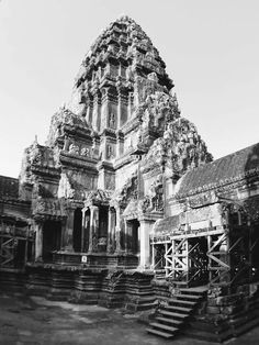 10 Must-See Cities In Europe - Tuathhan Angkor Wat Cambodia, Cities In Europe, Siem Reap, Ancient Ruins, Asia Travel, Travel Around, Exotic, Journey, City