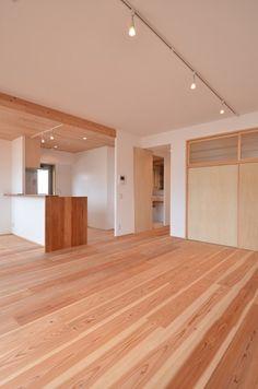 天井少し下げて、ダクト通して板張りはどうか?  完成写真でみる設計のポイント   木のマンションリフォーム・リノベーション-マスタープラン一級建築士事務所