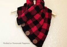 Creating this Buffalo Check pattern is easier than you might think! Grab three colors, your H hook and you'll have this cowl whipped up in no time. True story: I fully intended to make this big, buffalo check blanket scarf, but I ran out of yarn. I was planning on going to get more, but …