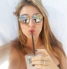 43abe9e226b6c 68 melhores imagens de Óculos de sol   Girl glasses, Sunglasses e ...