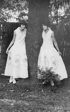 Twins in Shanghai, 1915 Shanghai, August Sander, Diane Arbus, Twin Twin, Diana, One Shoulder Wedding Dress, Twins, Photos, Journal