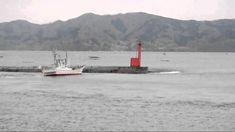 大津波襲来直前の漁港 「ああ、船が・・・だめだ、逃げよう!!」