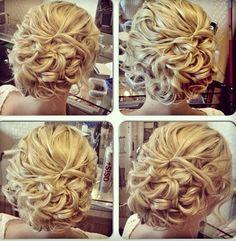 Frauen/woman Haarschnitt/haircut - pure hairstyle - wir schaffen kreative Frisuren - verwöhnen mit aktuellen Frisurentrends 2016 - Experten für Haarverlängerung - ihr Friseur in Aalen - we are digital - mit Temin/ohne Termin - Haircut Aalen - See you soon - www.enjoyhairstyling.de -