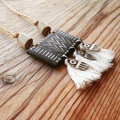 65 Ideas For Diy Jewelry Tutorials Shape Ceramic Necklace, Ceramic Jewelry, Wooden Jewelry, Polymer Clay Jewelry, Textile Jewelry, Fabric Jewelry, Beaded Jewelry, Diy Jewelry Tutorials, Handmade Jewelry Designs