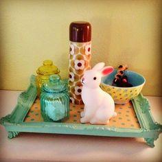 Buscando ideias criativas para um kit higiene descolado?  pinterest Olha quanta inspiração eu selecionei! Cores e misturas de elementos, materiais como madeira e vidro, porcelana e acrílico, tudo mixado resultando em mais do que itens úteis para as mamães…