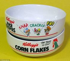 Tokens from special packs of Kellogg's could earn you free cereal bowls feat Vintage Toys 80s, Vintage Fisher Price, Retro Toys, 90s Childhood, Childhood Memories, Golden Wonder Crisps, Saturday Morning Cartoons 90s, Snap Crackle Pop, British History