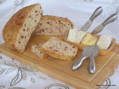Pan con tomates y salami