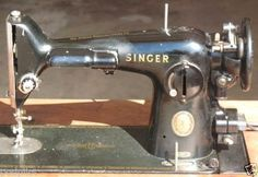 SINGER-SEWING-MACHINE-Mod-201-Vintage-Heavy-Duty-A-Cabinet-is-available-locally
